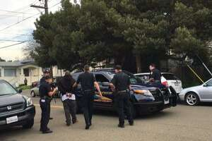 Suspected armed driver nabbed in Oakland street rampage - Photo