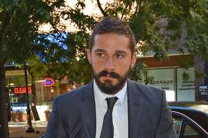 Shia LaBeouf evicting aunt to collect on loan - Photo
