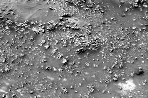 Strang thing spotted on Mars might prove life on planet - Photo