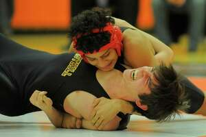 Westhill tops Stamford to win city wrestling title - Photo