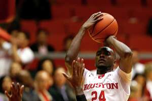 Devonta Pollard's big night boosts UH past Memphis - Photo