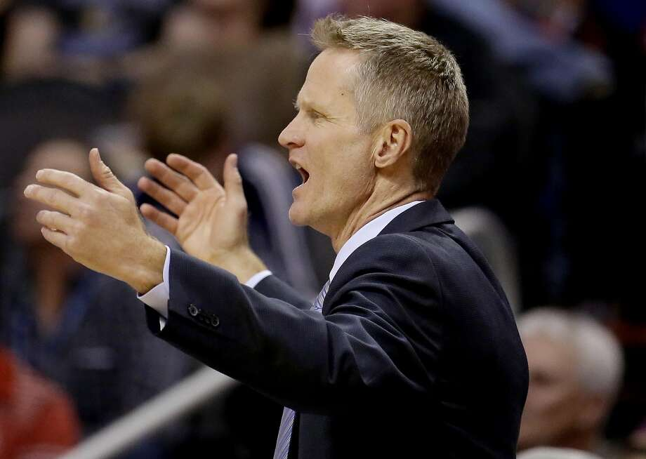Golden State Warriors coach Steve Kerr reacts to a call during the second half of the Warriors' NBA basketball game against the Phoenix Suns, Wednesday, Feb. 10, 2016, in Phoenix. Photo: Matt York, Associated Press