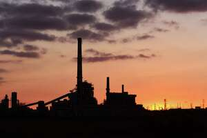 Bridgeport coal plant owner cleared for gas project - Photo