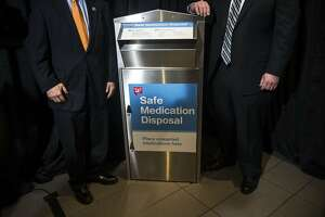 Walgreens to install drug-disposal kiosks at 500 stores - Photo