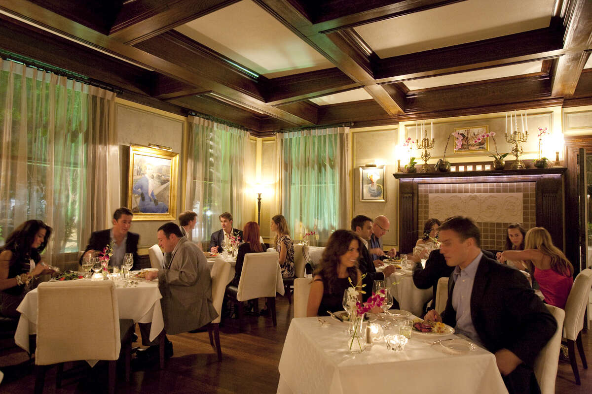 Restaurant Cinq at La Colombe d'Or Hotel 3410 Montrose713-524-7999lacolombedor.comThe main dining room at Restaurant Cinq. The fine dining restaurant is in La Colombe d'Or Hotel, 3410 Montrose, Houston.