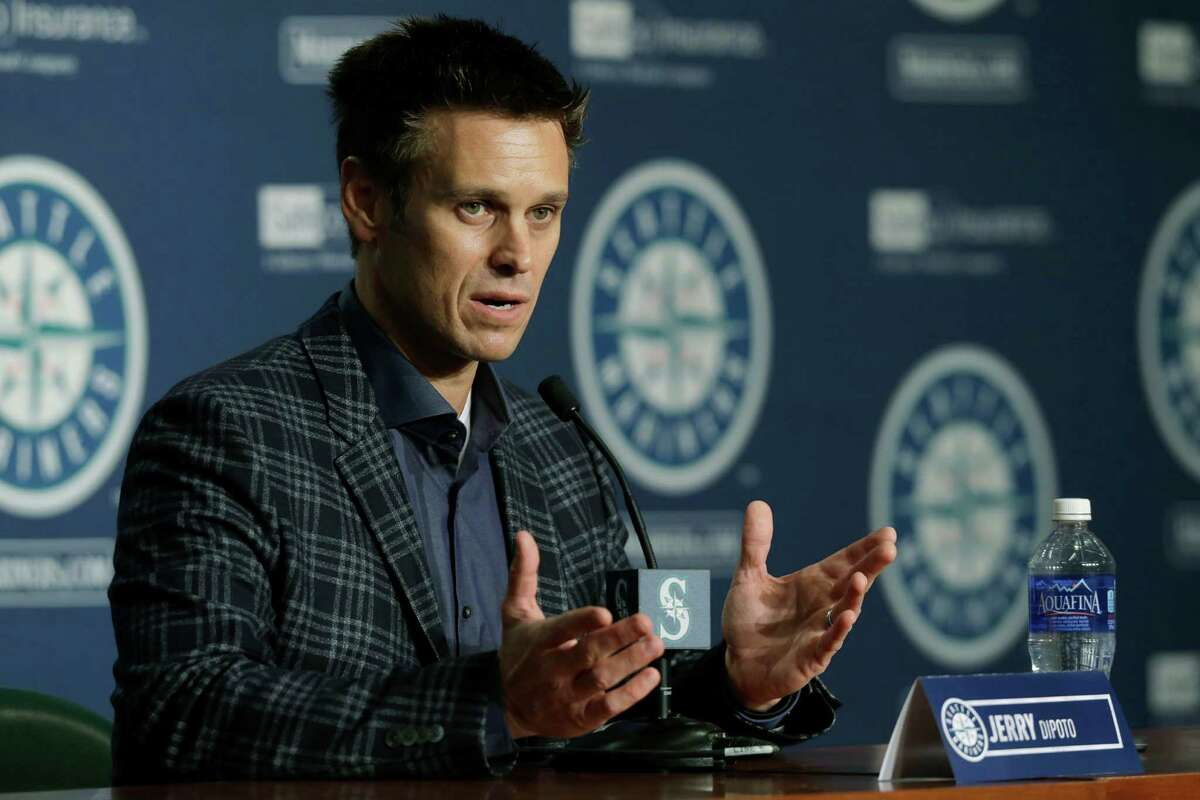 Seattle Mariners general manager Jerry Dipoto talks to reporters Thursday, Jan. 28, 2016 in Seattle during the team's annual briefing before the start of baseball spring training. (AP Photo/Ted S. Warren)