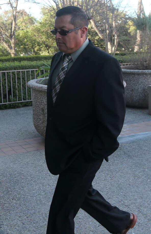Alfredo Romero Gonzalez enters Federal Court Thursday February 11, 2016. Gonzalez received a 22 month sentence for his involvement in a bribery scheme. Photo: John Davenport / Express-News / ©San Antonio Express-News/John Davenport