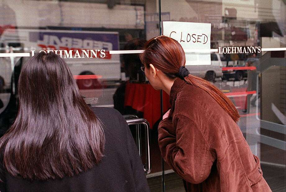 Loehmann's, a designer discount mainstay in San Francisco's Financial District, closed in early 2014. Photo: Robin Weiner, SFC