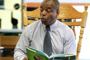"""Reading Rainbow"" comes to the East Side - Photo"