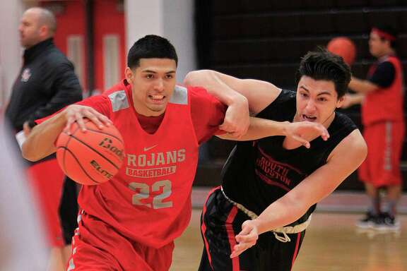 South Houston's Nick Hernandez is trying to make up for lost time as he goes hard in practice in preparation for Friday's showdown against Pearland Dawson.