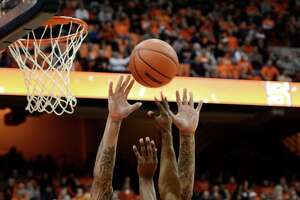 Second half propels Orange - Photo