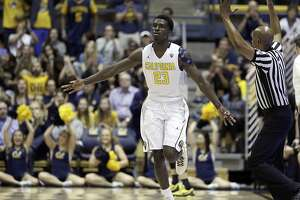 Tyrone Wallace's return boosts Cal in rout of No. 11 Oregon - Photo