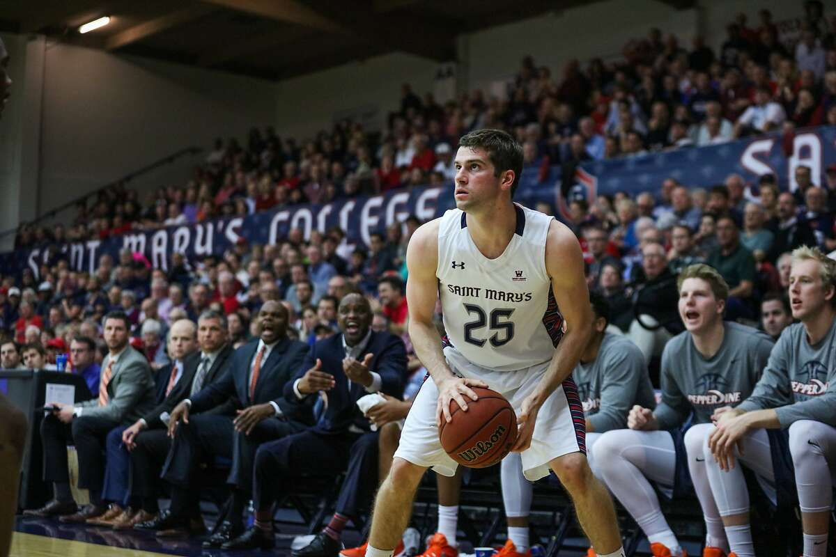 St. Mary's Joe Rahon (25) gets ready to take a shot during a game against Pepperdine, at McKeon Pavilion at St.Mary's in Moraga, California on Thursday, February 11, 2016.