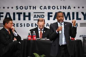 Presidential candidates seek minority backing in South Carolina - Photo
