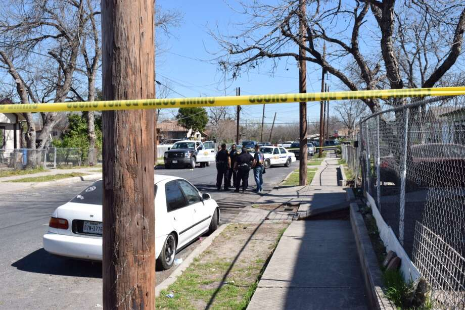 San Antonio Police said a man was shot with an AK-47 rifle on West Side after an apparent argument in his front yard on Feb. 12, 2016. Photo: By Mark D. Wilson/San Antonio Express-News