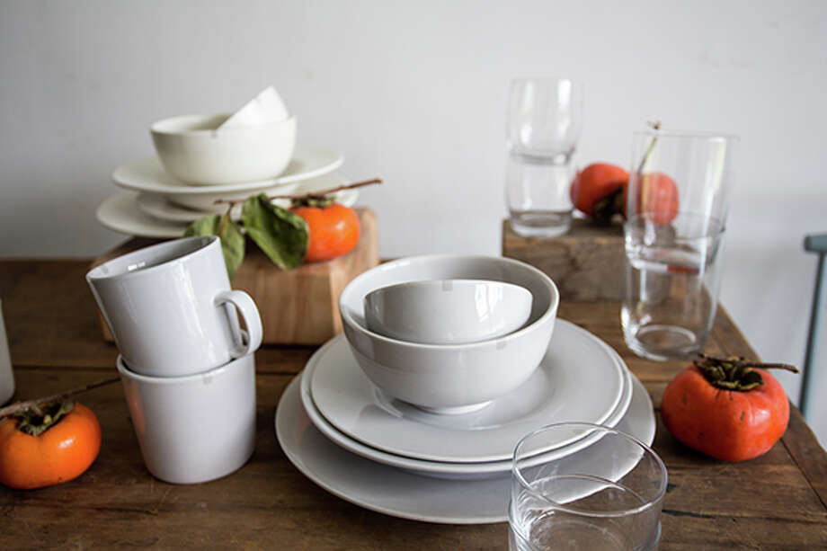 Maxwell Ryan Tableware is designed to be simple enough for everyday use but stylish enough & Apartment Therapy\u0027s founder designs clean stylish tableware ...