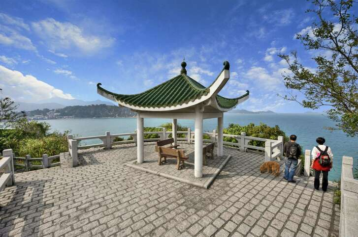 There's a pretty pavilion on the north end of Cheung Chau with pretty views of the water. It's a short walk from the pier.