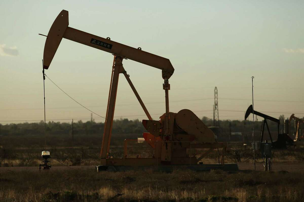 MIDLAND, TX - JANUARY 21: A pumpjack sits on the outskirts of town in the Permian Basin oil field on January 21, 2016 in the oil town of Midland, Texas. Despite recent drops in the price of oil, many residents of Andrews, and similar towns across the Permian, are trying to take the long view and stay optimistic. The Dow Jones industrial average plunged 540 points on Wednesday after crude oil plummeted another 7% and crashed below $27 a barrel. (Photo by Spencer Platt/Getty Images)