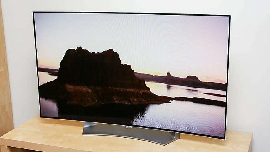 LG 55EG9100 Photo: Cnet