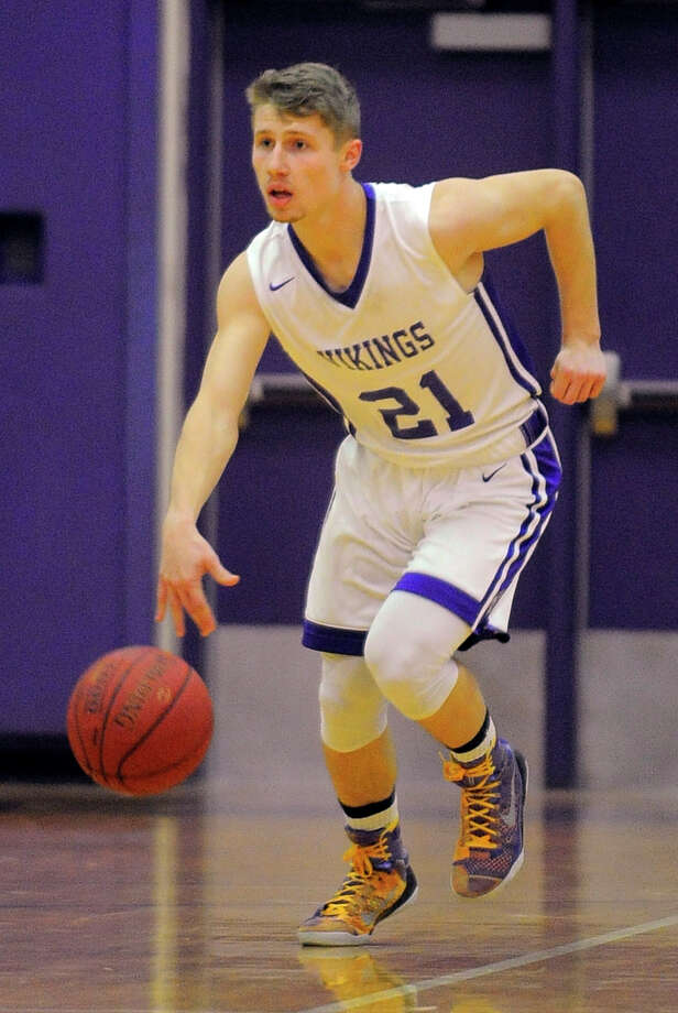 Westhill defeated Darien 55-45 in a FCIAC league game at Westhill High School in Stamford on Feb. 12, 2016. Photo: Matthew Brown / Hearst Connecticut Media / Stamford Advocate