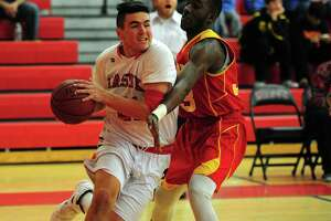 Masuk tops undermanned Stratford in boys basketball - Photo