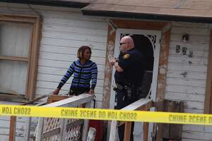 Man killed outside East Side residence - Photo