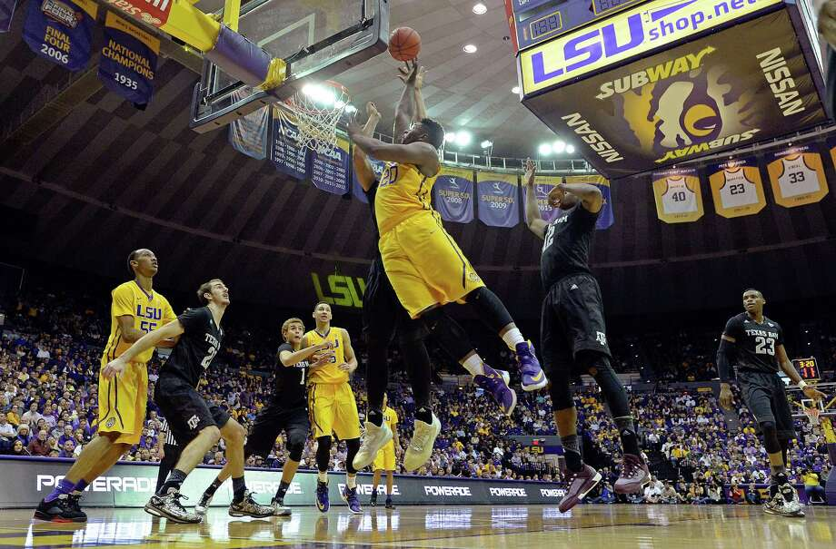 LSU forward Brian Bridgewater (20) puts the ball up for two points in the first half of an NCAA college basketball game against Texas A&M in Baton Rouge, La., Saturday, Feb. 13, 2016. LSU won 76-71. (AP Photo/Bill Feig) Photo: BILL FEIG, FRE / Associated Press / FR44286 AP