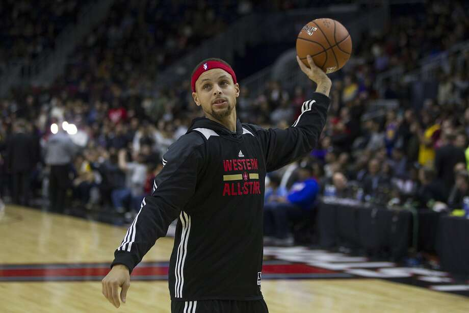 Western Conference point guard Stephen Curry, of the Golden State Warriors, takes part in practice at the NBA All-Star Game in Toronto on Feb. 13. Photo: Chris Young, Associated Press