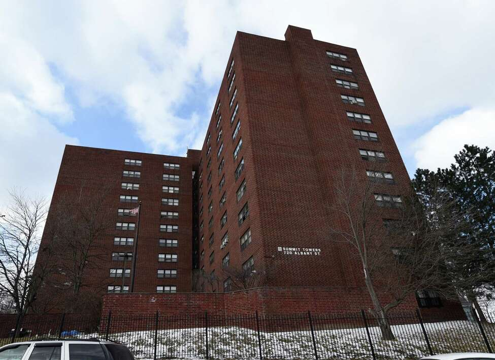 Tenants fearful in HUD-subsidized Summit Towers