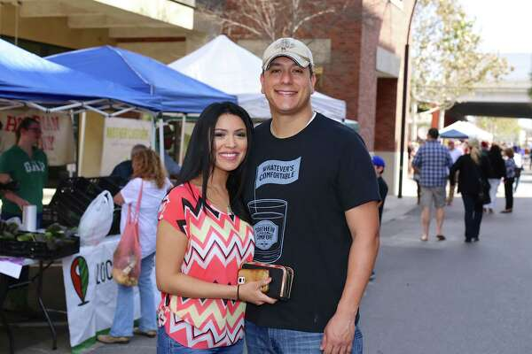 Shoppers at The Pearl Farmers Market made their final preparations for Valentine's Day in style on Saturday, Feb. 13, 2016.