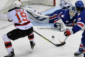Ken Appleby gets shutout to lead Albany Devils to win - Photo
