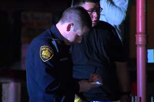 Several injured, 2 in custody after hookah lounge fight in San Antonio - Photo