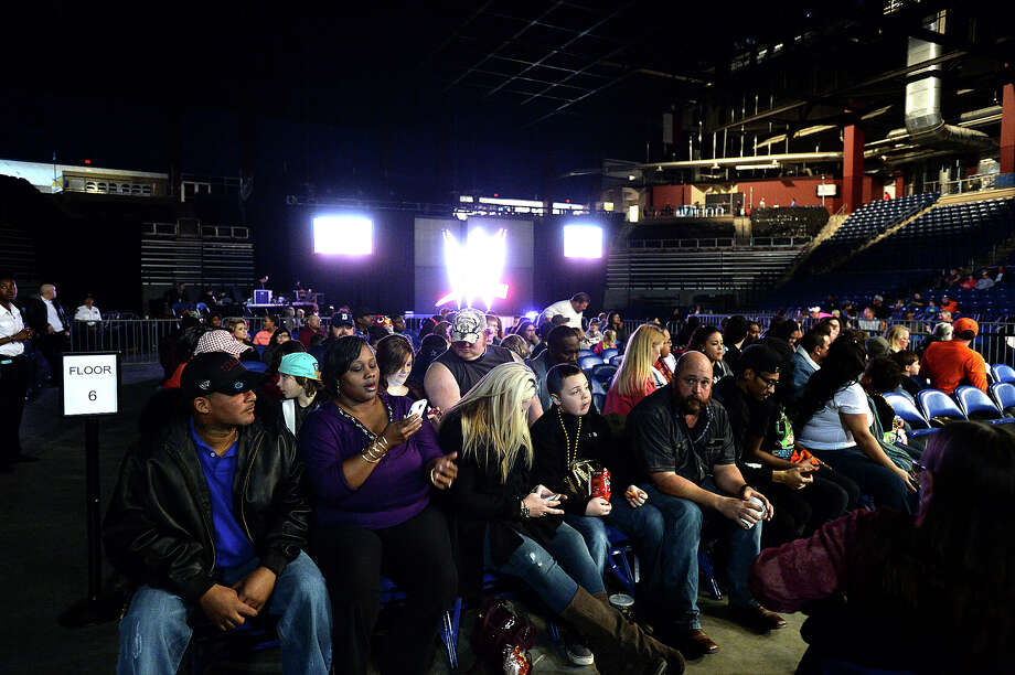Fans awaiting in January 2015 the start of a WWE show in Beaumont, Texas. Photo: KIM BRENT / Kim Brent/The Enterprise / Beaumont Enterprise