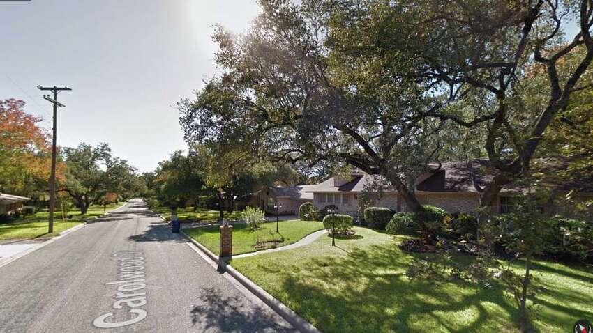 ZIP code: 78216Greater Harmony Hills, Vista Del Norte, Bluff Creek, Shearer Hills/Ridgeview2016 estimate population 15 and older: 33,471Percent of population not married: 63.1