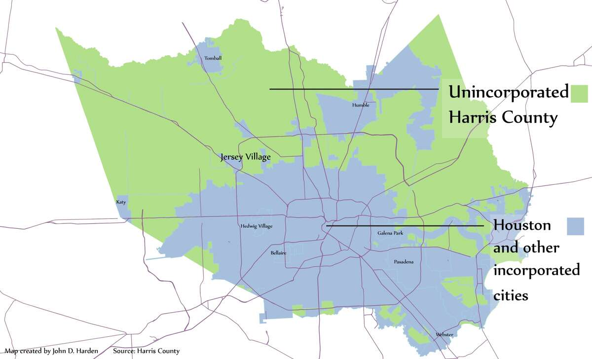 This map, based on data from the County Engineer, illustrates how much of the county's growing population lives north and west of the downtown hub. If no further annexation occurs, the county budget office anticipates the population in the green area will surpass the City of Houston's population in just four years' time, in 2020.