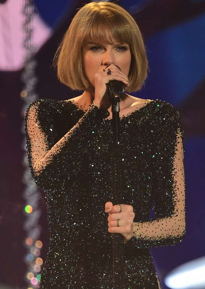 Singer Taylor Swift performs during the 58th Annual Grammy music Awards in Los Angeles February 15, 2016. Photo: Robyn Beck, AFP / Getty Images