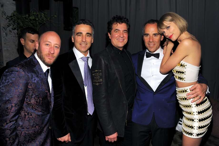 David Nathan, President/COO Republic Records Avery Lipman; Scott Borchetta, CEO of Republic Records Monte Lipman, and recording artist Taylor Swift attend the Republic Records Grammy Celebration presented by Chromecast Audio at Hyde Sunset Kitchen & Cocktail on Feb. 15, 2016 in Los Angeles. Photo: Angela Weiss/Getty Images For Republic Records