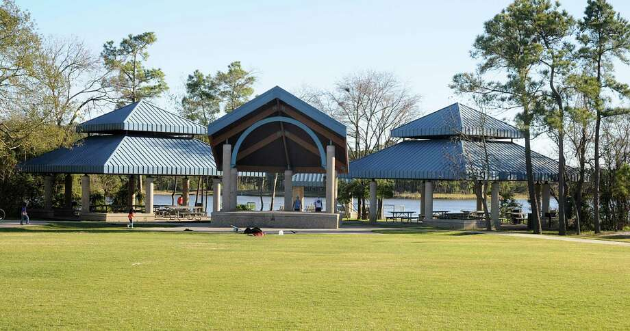 Debate continues over Northshore Park renovation plans ...