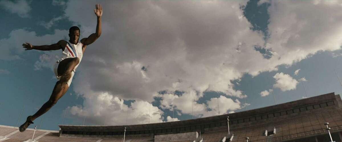 """Stephan James stars as Jesse Owens in Stephen Hopkinsé¢Ã©""""é´ RACE, a Focus Features release. Credit : Focus Features"""