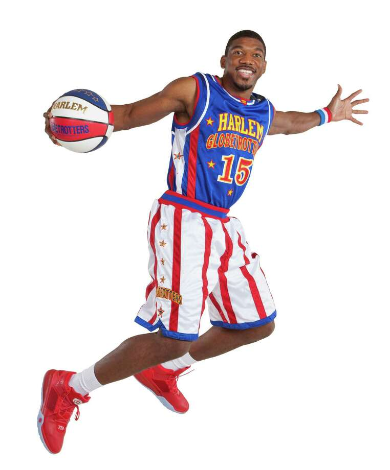 Buckets Blakes, No. 15, and the Harlem Globetrotters come to Bridgeport arena on Friday, Feb. 19. Photo: Contributed Photo