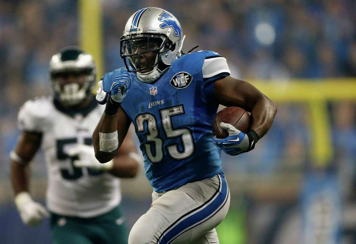 RB Joique Bell2015 team: Detroit Lions Age: 292015 Stats: 90 carries, 311 yards, 4 touchdowns, 22 receptions, 286 yardsNotes: After a breakout 2014 season in which he racked up more than 1,000 total yards and scored eight touchdowns, Bell's production tanked in 2015.