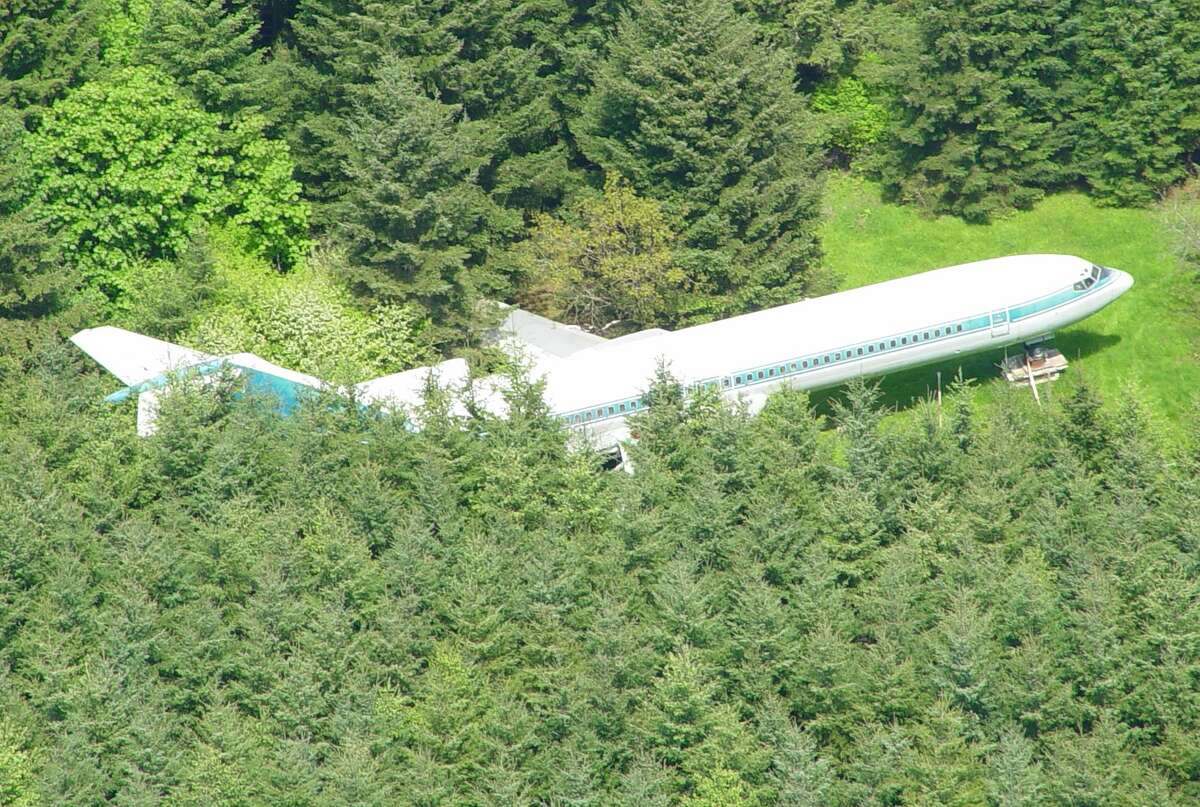 Oregon man Bruce Campbell acquired a Boeing 727 in 1999 and stuck it on a 10-acre lot in Portland. Since then, he has renovated the plane's cabin into suitable living quarters.