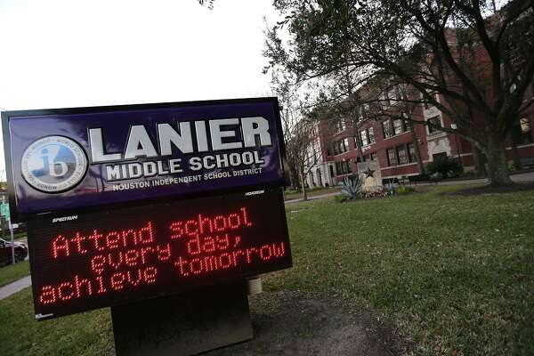 Sidney Lanier Middle School in Houston. ( Elizabeth Conley / Houston Chronicle )