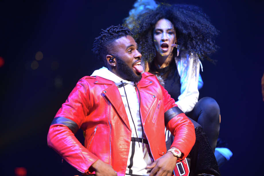 Jason Derulo performs Wednesday night at the AT&T Center. Photo: Robin Jerstad /San Antonio Express-News