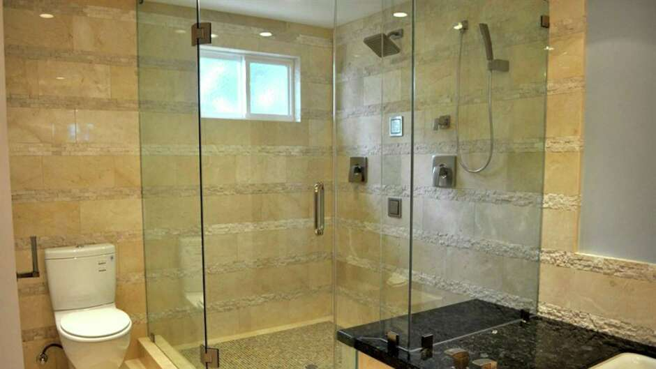 Living Smart: Which shower door is right for your bathroom ...