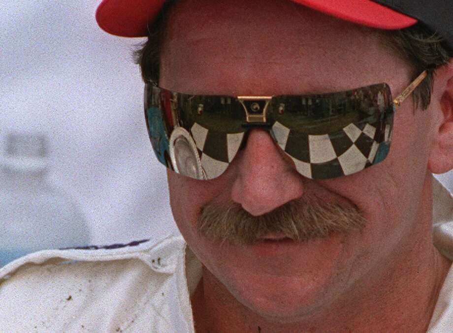 Dale Earnhardt 1951-2001 Photo: TERRY RENNA, AP / AP