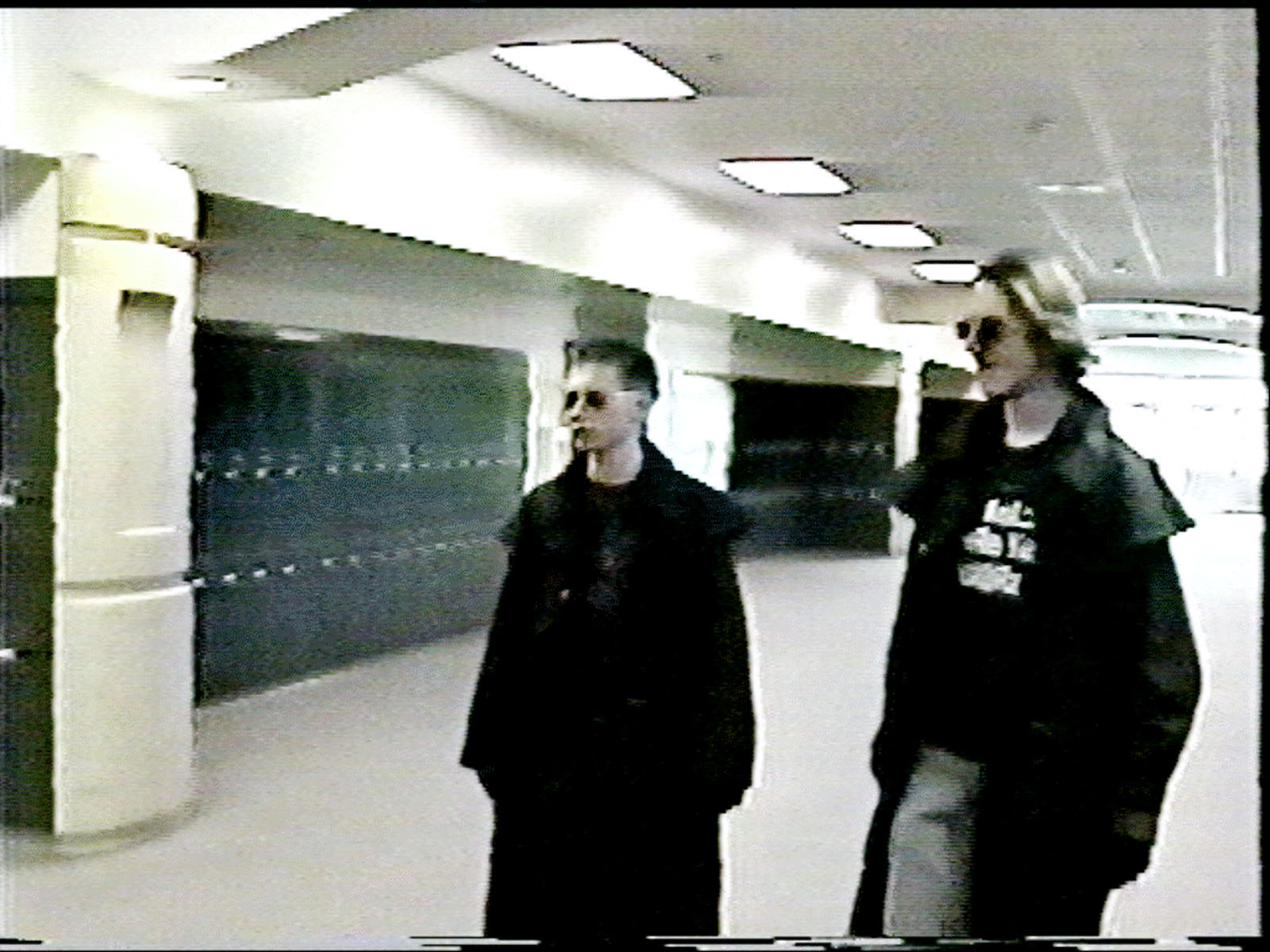 thesis on columbine school shooting Problem statement: the response to the shootings in columbine could have been handled more effectively if there was a solid coordinate effort from law enforcement and emergency units in the area.