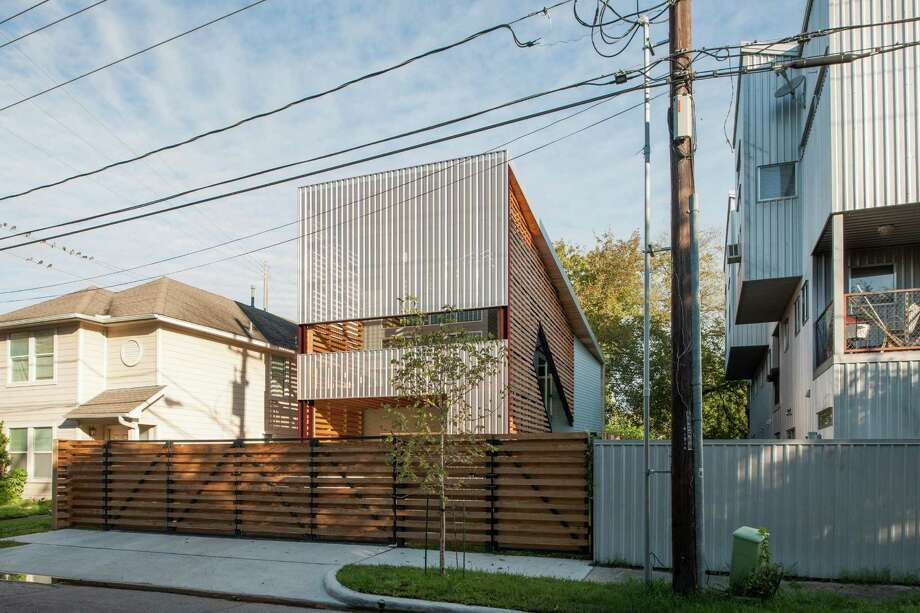 In Fourth Ward, designer builds modern 'shotgun' house ...