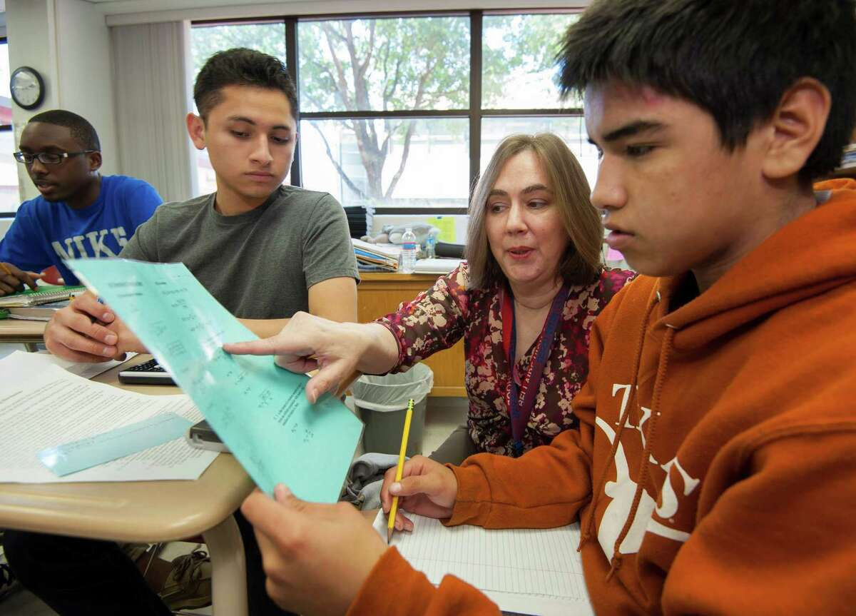 Students at HISD's Bellaire High School take an AP class in Mathematics.