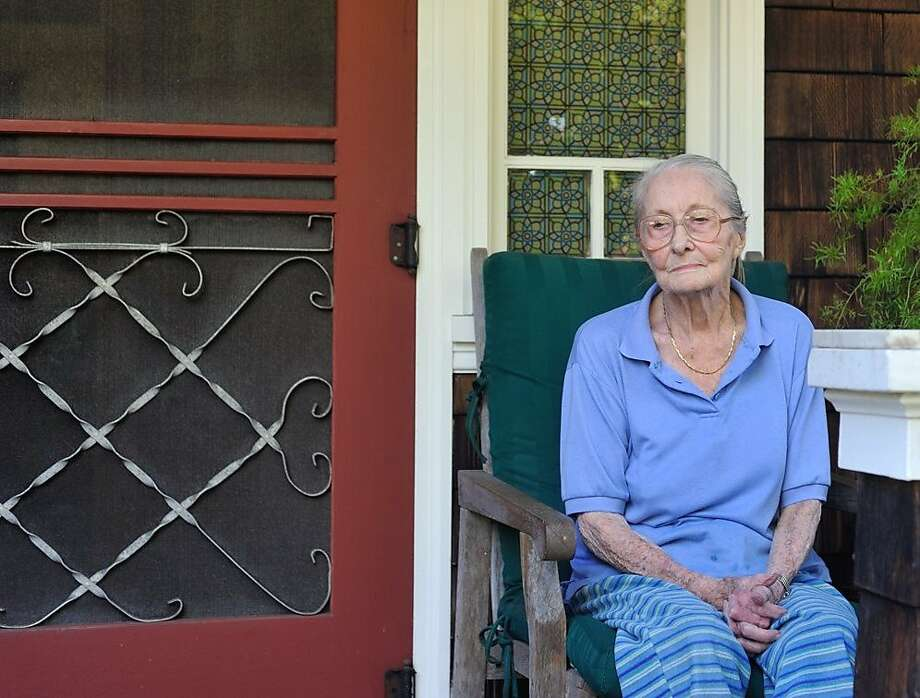 97-year-old Marie Hatch, who has cancer, was served with a 60-day notice this month to vacate the Craftsman cottage she has lived in for 66 years. In 1950, Hatch was given a verbal agreement, which was passed down through generations of ownership, that she could live in the cottage for the rest of her life. Photo: Adela Meadows, Special To The Chronicle